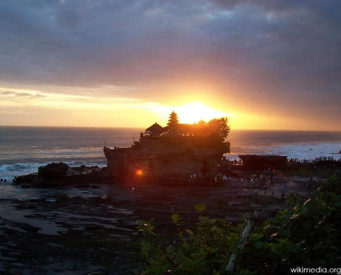 Sunset Pura Tanah Lot